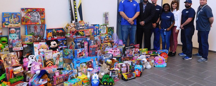 Airbus Alabama Gives Back With Toys For Tots