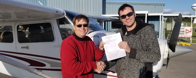 Team Mobile's Bryan Draves Earns Private Pilot's License