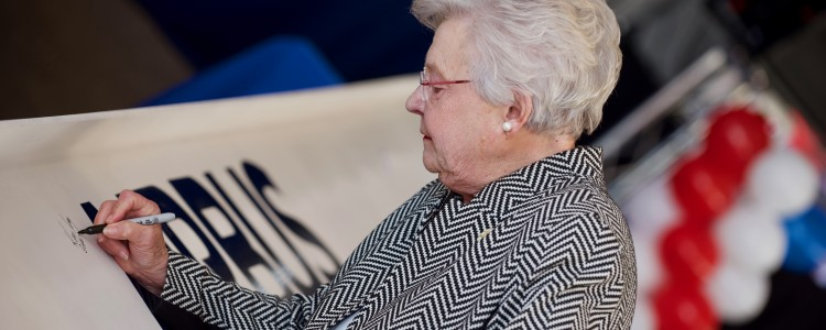 Gov. Kay Ivey Joins Employees, Executives, and Customers in Breaking Ground on A220 Line
